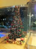 玄関のクリスマスツリー