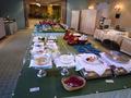 料理が置かれているセンターテーブル