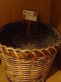 使用済みのブラシを入れる籠