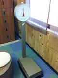 菊湯の体重計