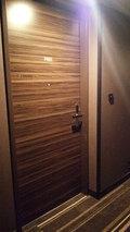 プレミアムフロアーの扉