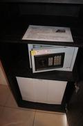 セーフティボックスと冷蔵庫