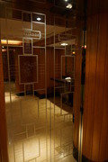 エレベーターの模様