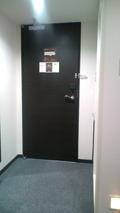 玄関ドア付近