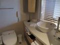 洗面台と便器