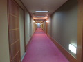瑞雲楼の客室前の廊下