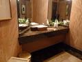 ラウンジのトイレ