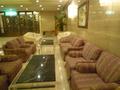 無料で使えるソファーです