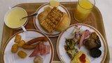 朝食バイキイング