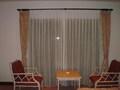 窓際の椅子&テーブル