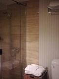 シャワーブース