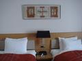 スタンダードツインルームのベッドボード