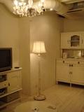 食器棚とテレビ、スタンド