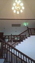 別棟入口の階段