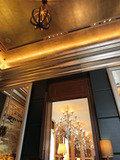 バーとレストランの内装