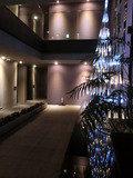 ホテルの内部の吹き抜け空間
