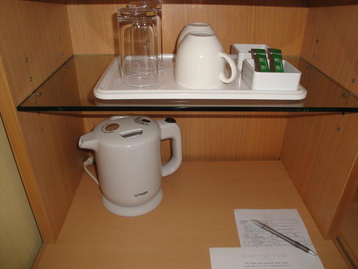 お茶セットもシンプル
