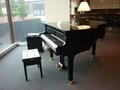 自動演奏のピアノ