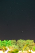 中庭から見た満点の星空