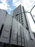 付近のビルより一際高い、景色の良い高層ホテルです