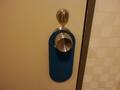 部屋の中のドアノブと鍵