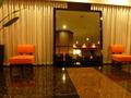 2階フロント前のロビーにある大きな鏡