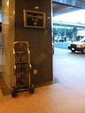 タクシー乗り場(正面玄関)