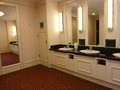 本館17階レストラン階の洗面化粧台