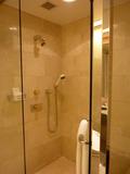 スイートルームの風呂とシャワールームは別です