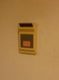 電源オンのカード差込み口 (入口ドアー横)
