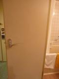 バスルームのドアー