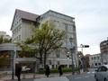 宝塚南口駅から見た、宝塚ホテルの外観