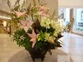 正面玄関ロビーのお花