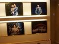 上演中の、宝塚大劇場公演の写真が展示