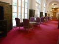 本館ラウンジ「ルネサンス」横の廊下
