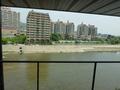 2階エレベーターホールからみた、武庫川の景色