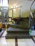 ロビーにある、おしゃれな階段