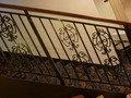 アールデコな階段手すり