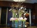 1階エントランスロビーの超豪華な生花