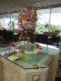 ロビーラウンジに飾られたお花