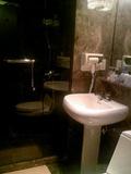 シャワールーム・洗面所・トイレ