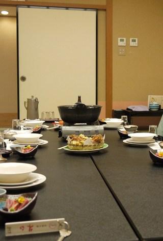 夕食のテーブル