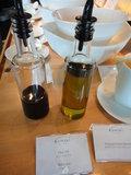 オイルとバルサミコ酢