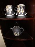 オリジナルのカップとポット