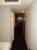 部屋からドア側を撮影