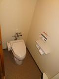 ウォッシュレット付きのトイレ
