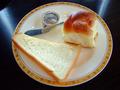 自家製のパンは高評価