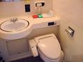トイレとアメニティ。