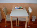 テーブルとお茶セット