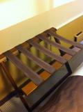 荷物を置く台